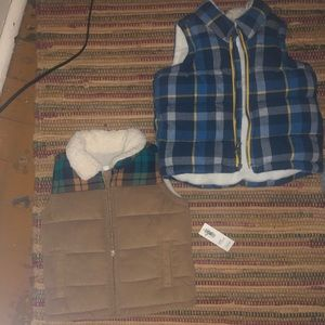 Old navy vest 12-18 one NWT